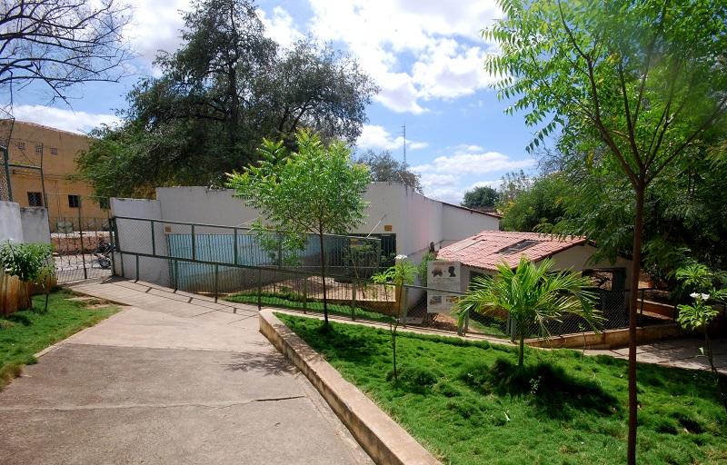 Local de acesso para o recinto dos ursos e de saída do Zoológico